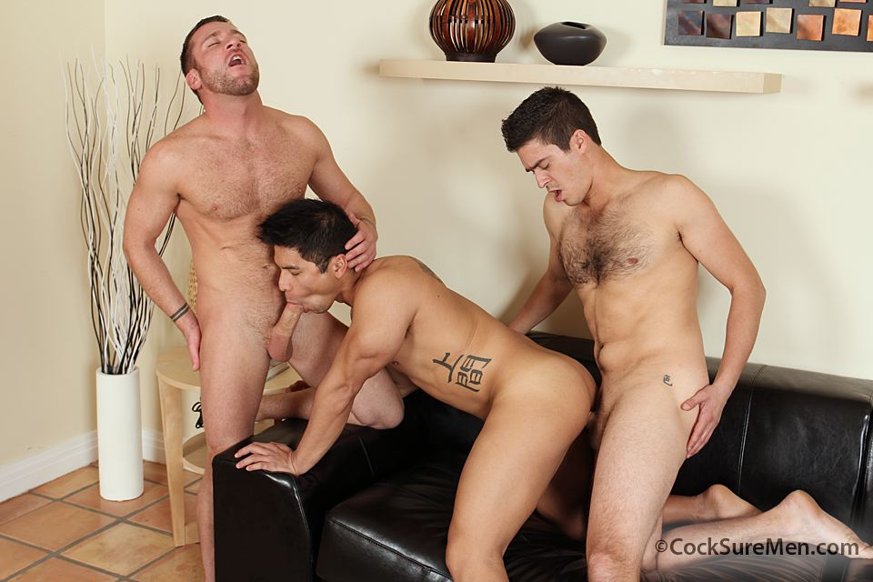 141 Trevor Knight, Mike Martinez & Spencer Williams in a Steamy Threeway
