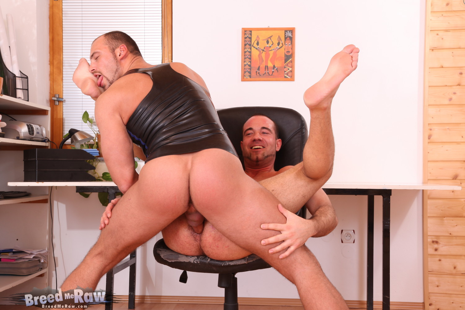 19 IMG 9052 Bareback Fucking At The Office With Zack Hood And Ben Reed Ends in a Nutty Butt!
