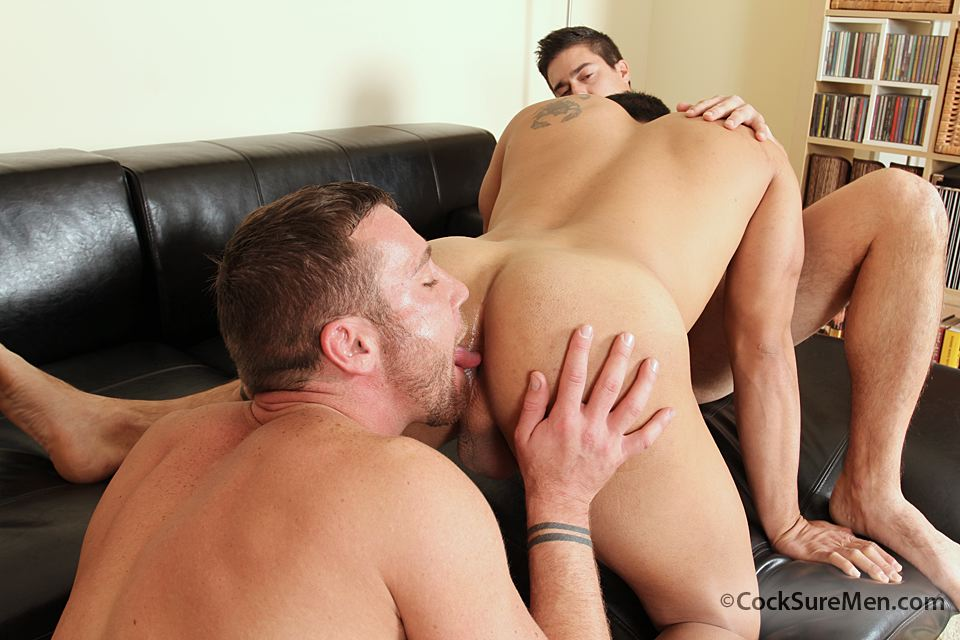 9 Trevor Knight, Mike Martinez & Spencer Williams in a Steamy Threeway