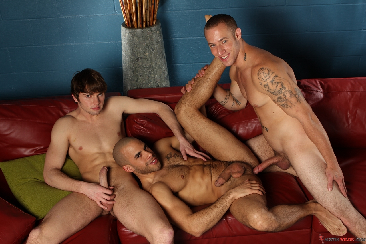 Hot Gay Trio Fucking