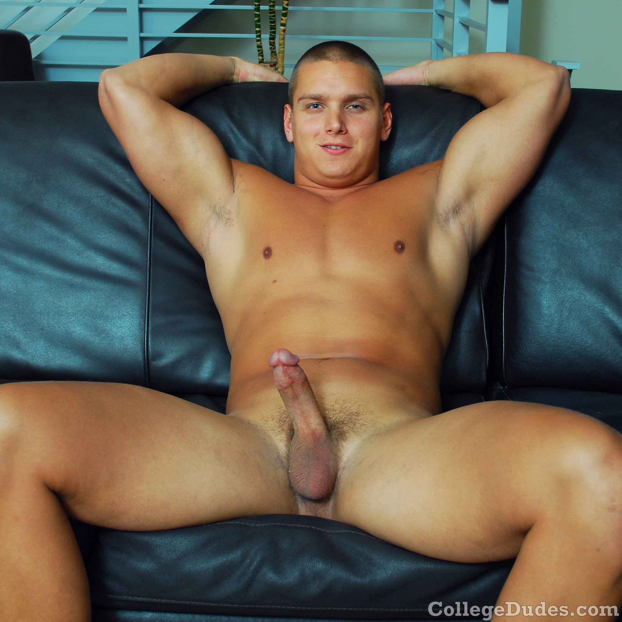 Hot Guy Jacking Off