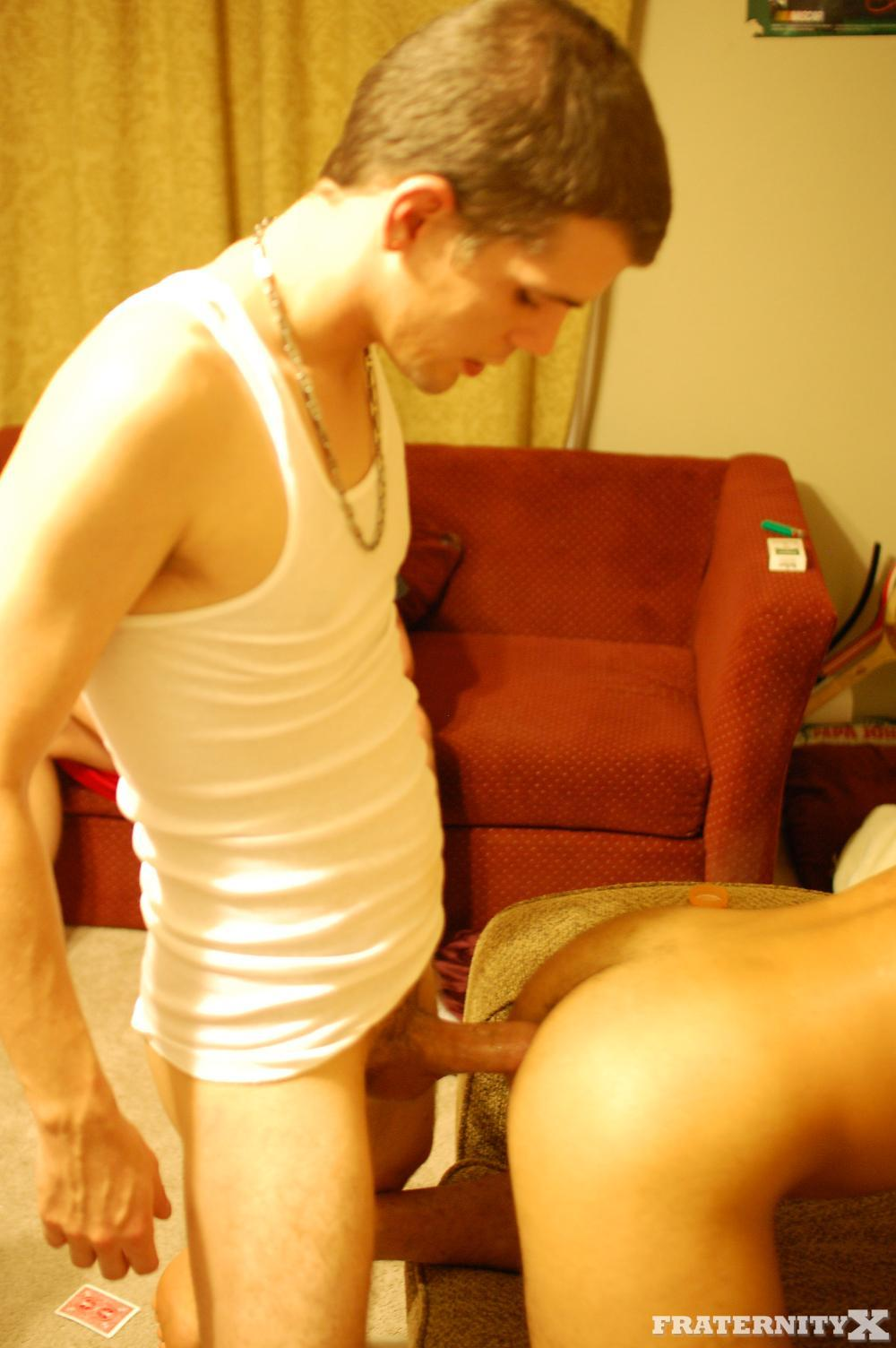 Fraternity-X-Pays-The-Rent-Straight-Amatuer-Bareback-Fucking-19 Real Amateur Straight Fraternity Boys Fucking Bareback