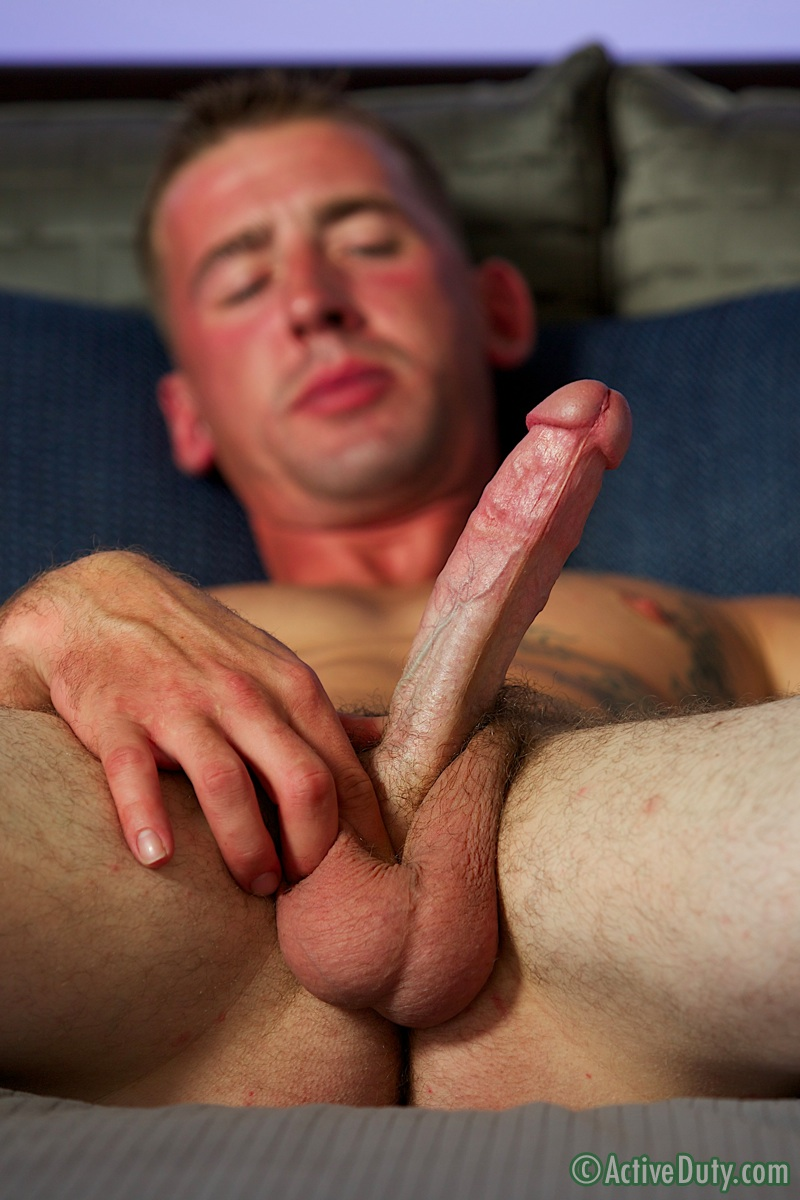 ActiveDuty-Dean-Army-Naked-torrent-video-09 Straight Hung Amateur Army Soldier Masturbates Busts a Huge Load