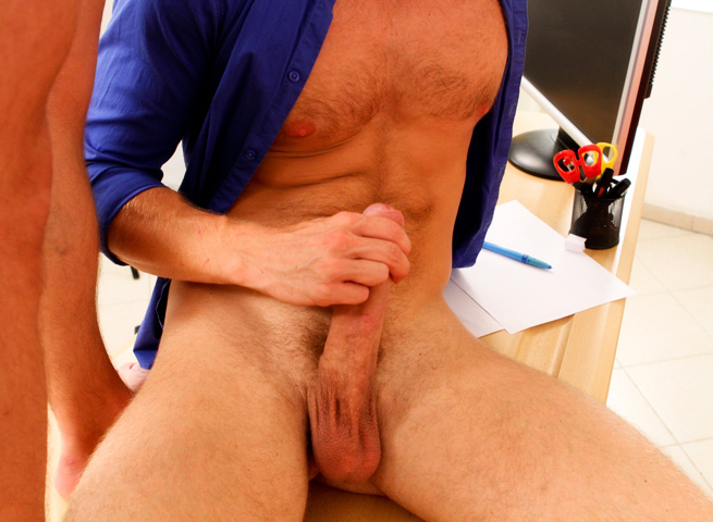 Bareback Casting Gay for Pay torrent Bareback 05 Amateur Straight Guy Goes Gay For Pay; Takes First Bareback Cock