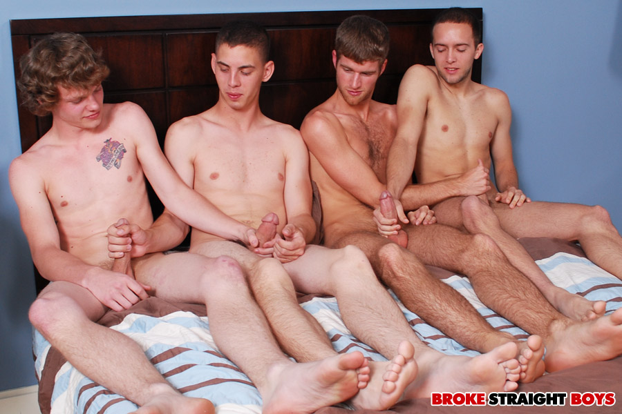 Straight Boys Masturbate Together