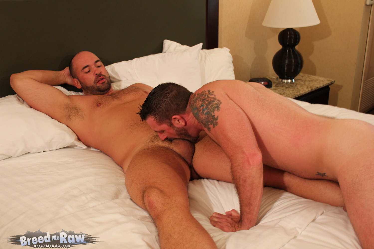 Breed Me Raw Tyler Reed and Morgan Black 01 Amateur Hung Muscle Studs Rimming and Barebacking