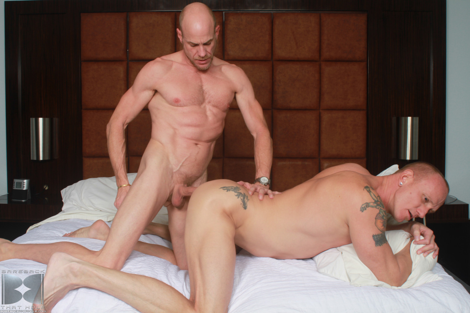 Bareback That Hole Parker and Mason Garet Muscle Daddy Barebacking 06 Amateur Muscle Daddy Fucks His Buddy Bareback With His Big Cock