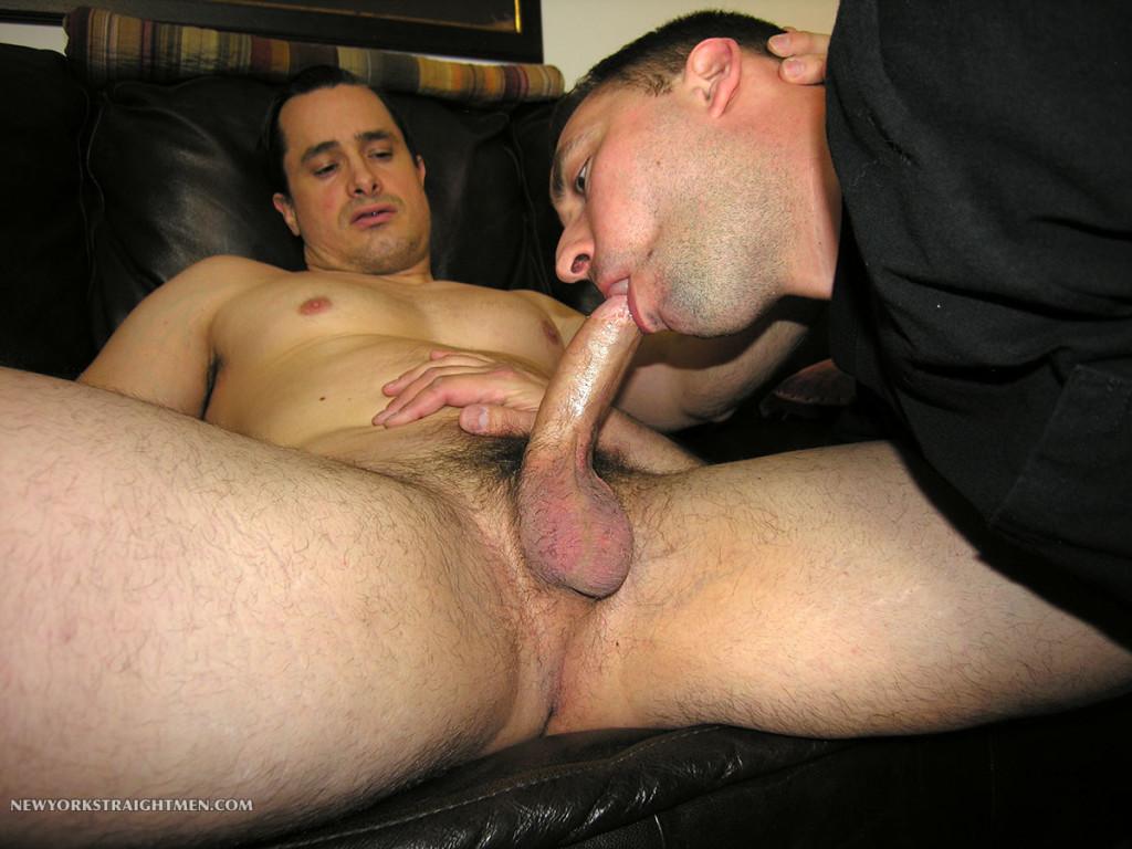 Straight guy sucks muscley gays dick