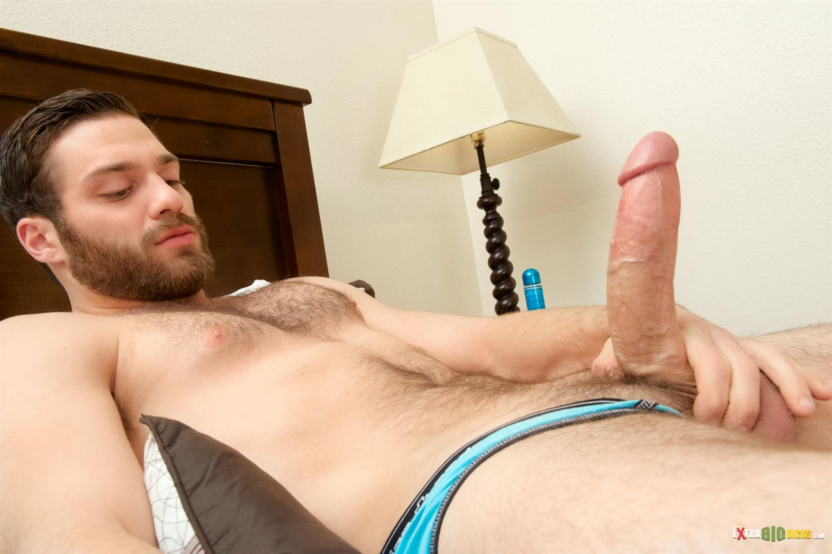 Muscled straight guy jerking his massive cock