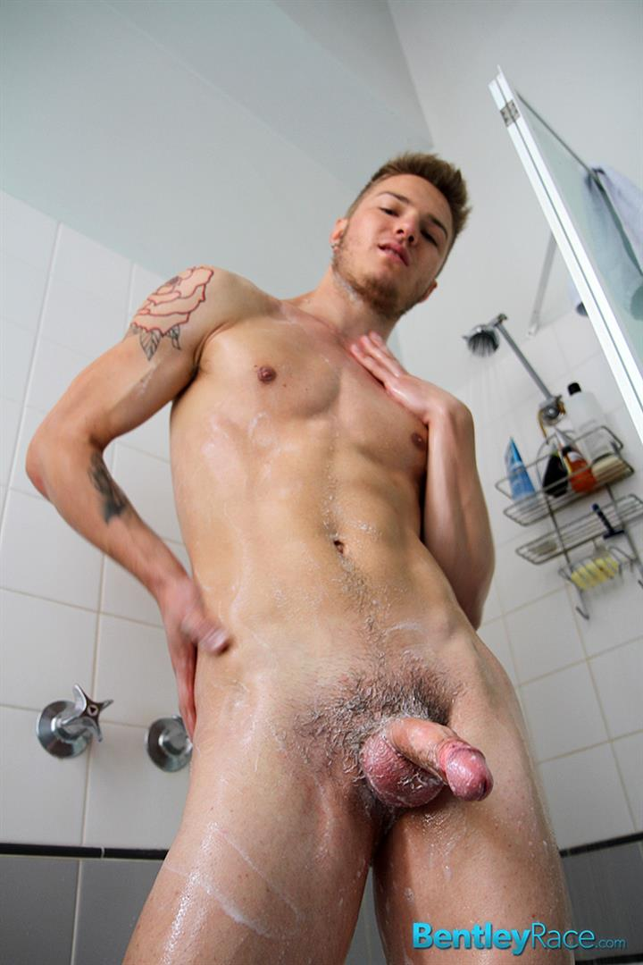 Bentley-Race-Sarpa-Van-Rider-and-Zac-Frevo-Big-Uncut-Cock-Guys-Fucking-Amateur-Gay-Porn-14 19 Year Old Aussie Hottie Getting Unexpectedly Fucked By The Cameraman