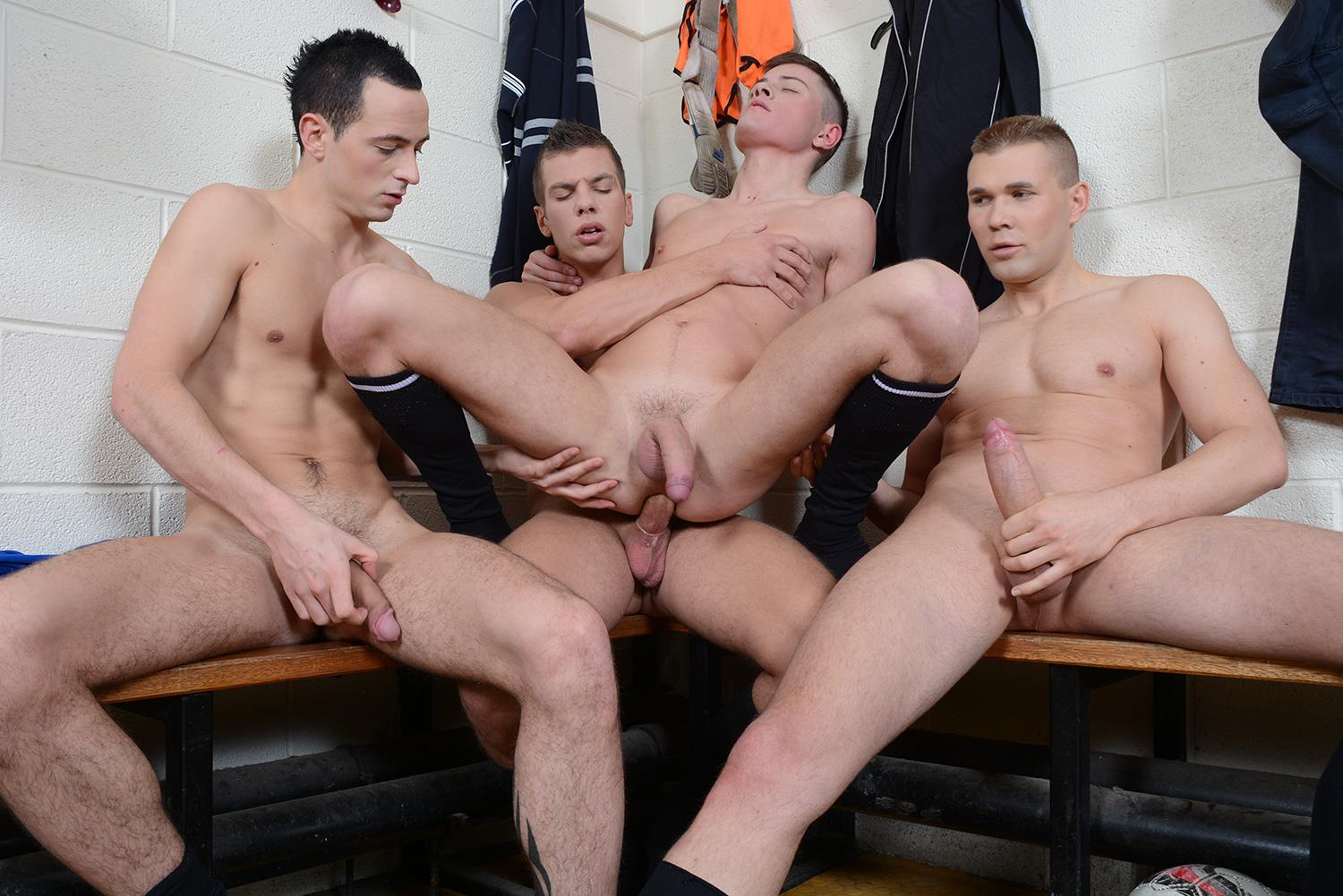 Staxus Sportladz Jordan Fox and Luke Desmond and Paul Walker and Skylar Blu Amateur Gay Porn 09 World Cup Fever: Uncut Soccer Players Fucking In The Locker Room