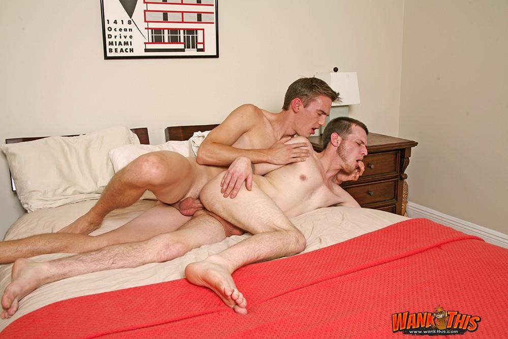 Derek Stiles Sex Porn - Wank-This-Ben-Stiles -and-Anthony-Price-Bareback-Hookup-With-Big-Cocks-Hairy-Ass-Amateur-Gay-Porn -14.jpg