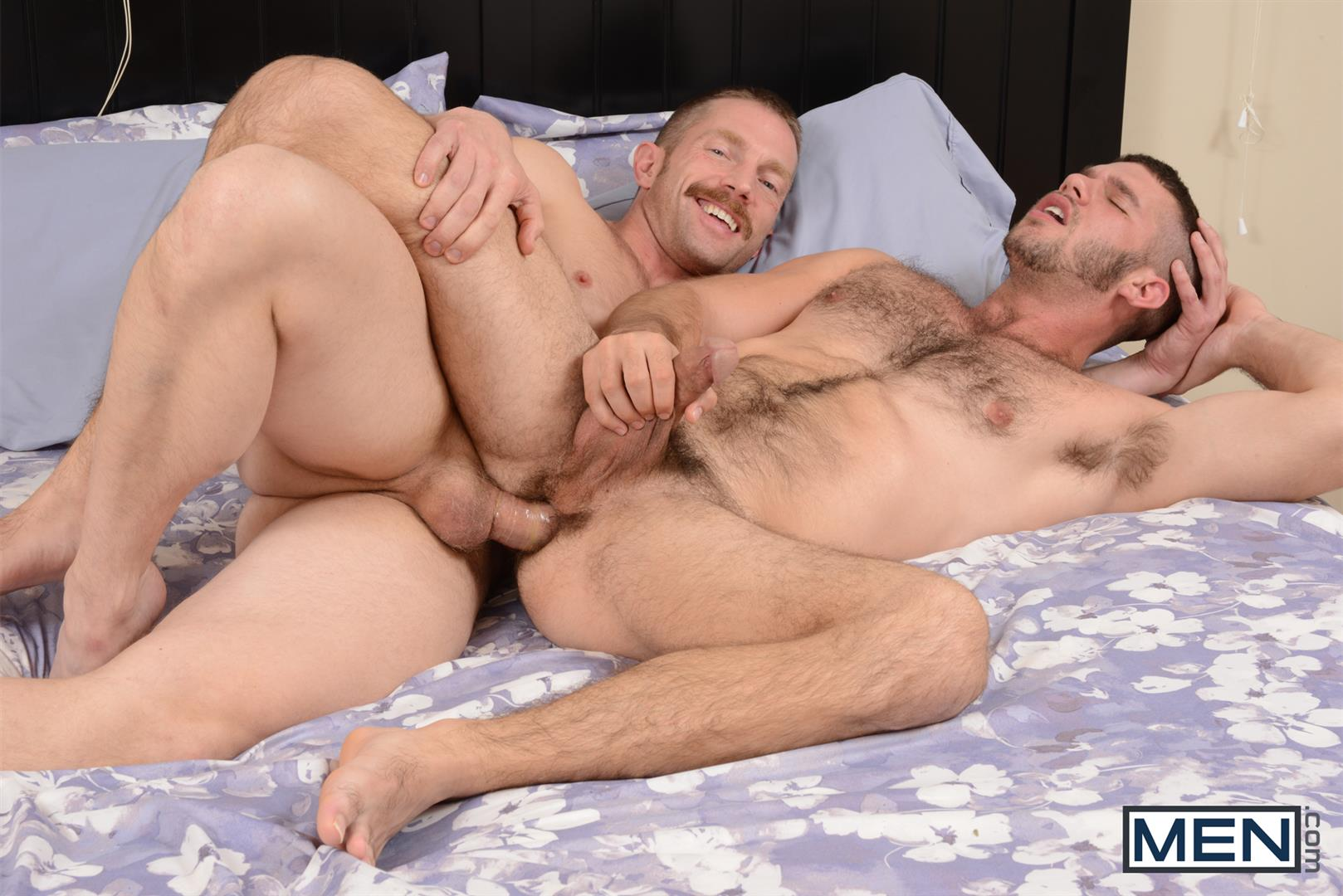 Bi Guy Gets Hole Fucked