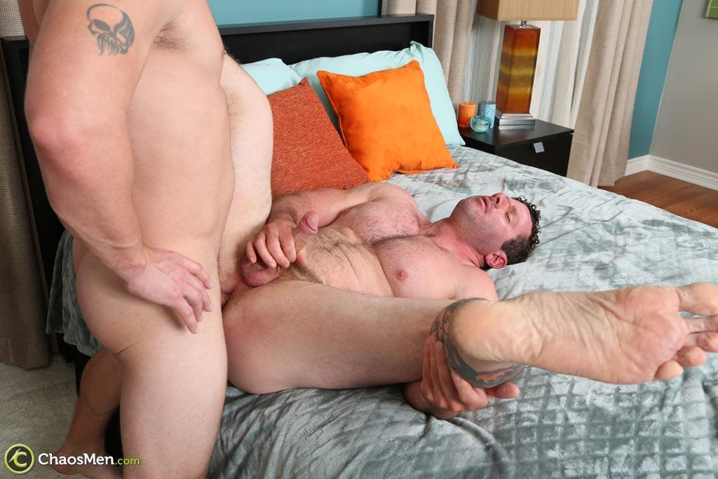 Chaosmen Ransom and Wagner Straight Bodybuilder Getting Barebacked Amateur Gay Porn 47 Hairy Straight Bodybuilder Gets Barebacked By His Bi Buddy