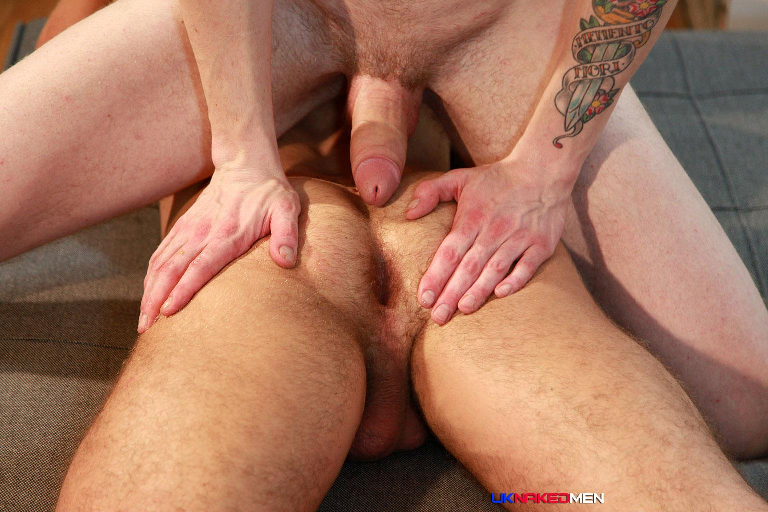 NAKED GAY BAREBACK