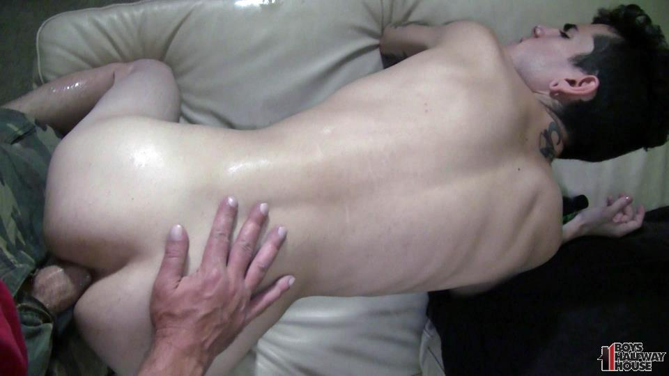 Cute Twinks Blowjob And Raw Anal Fucking Bareback