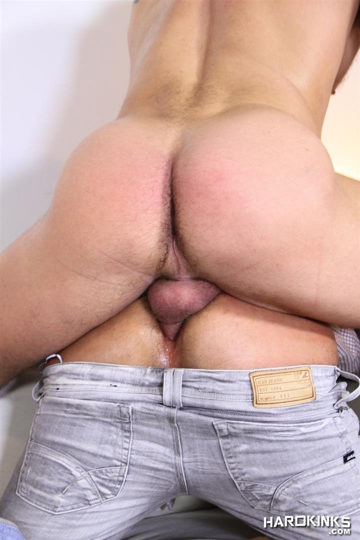 Hardkinks Jessy Ares and Martin Mazza Hairy Alpha Male Amateur Gay Porn 38 Hairy Muscle Alpha Male Dominates His Coworker