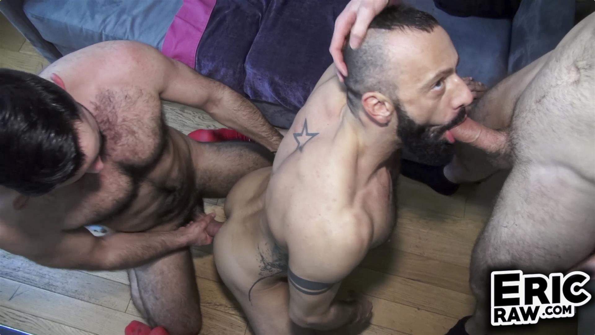 Raw three some with throbbing cocks