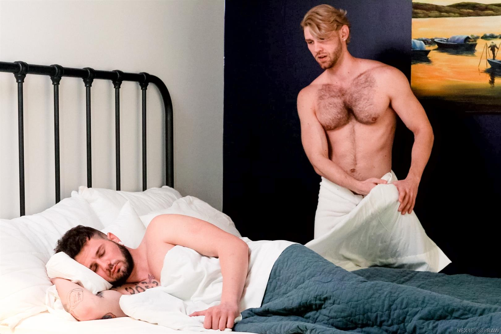 girls corey jakobs and josh bensan rock their bed off for guy